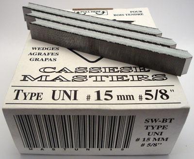S18 - Klamry UNI 15 mm  do miękkiego drewna firmy Cassese